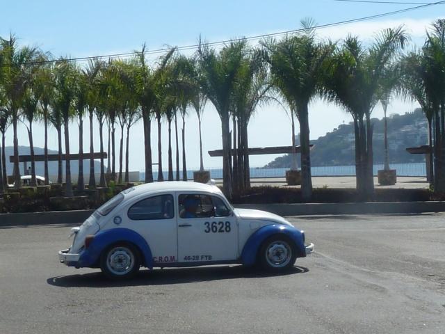 Acapulco bug taxi