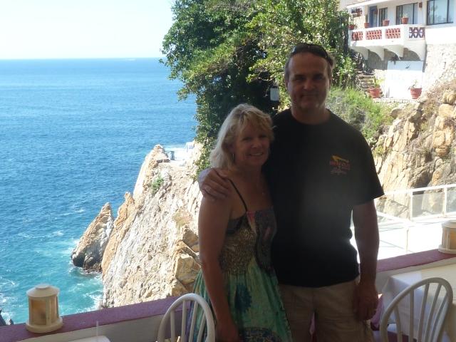 La Quebrada - watching the cliff divers