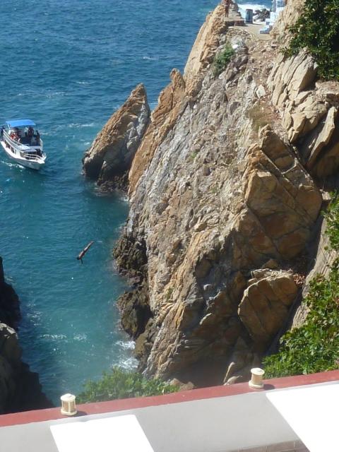 La Quedraba cliff divers