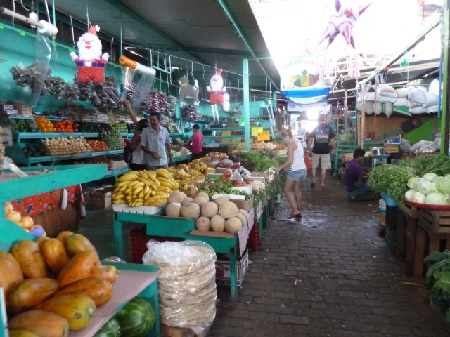 fruit in the mercado
