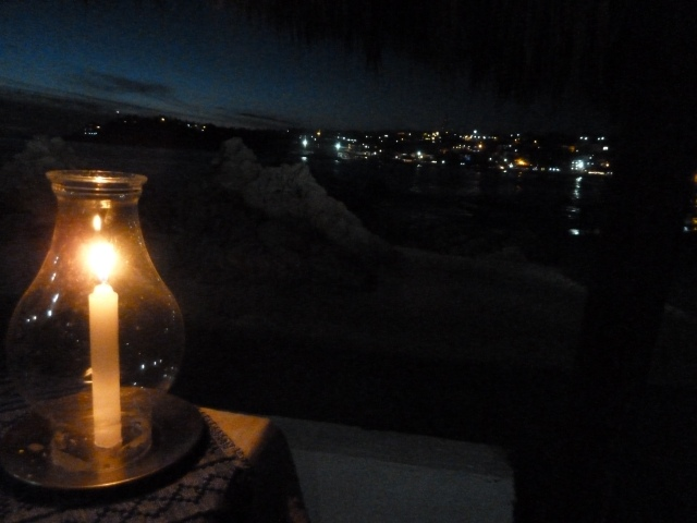 Dinner by candlelight <3