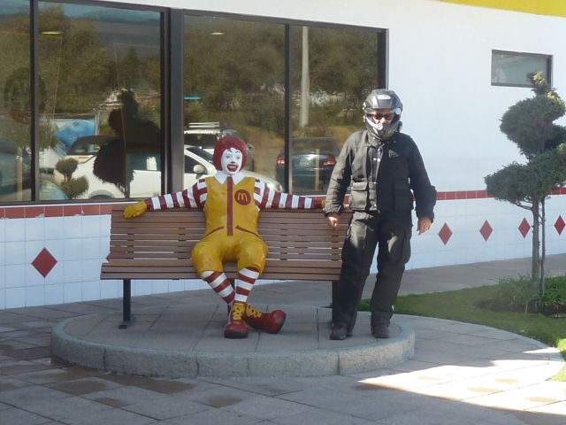 Me and Ronald (don't I look petite?!)