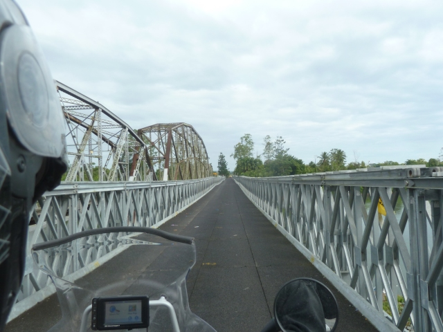 The new vehicle bridge - Panama to Costa Rica border at Sixaola