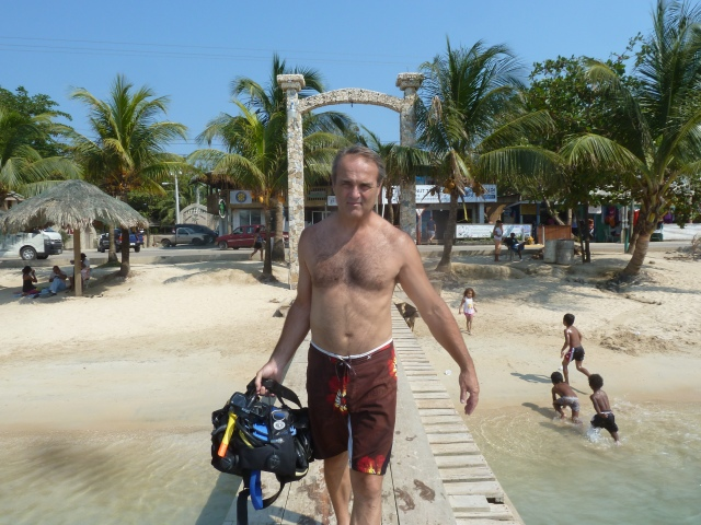 Coconut Dive Shop, Roatan, Honduras