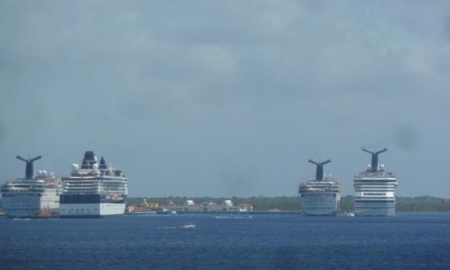 cruise ships at Cozumel
