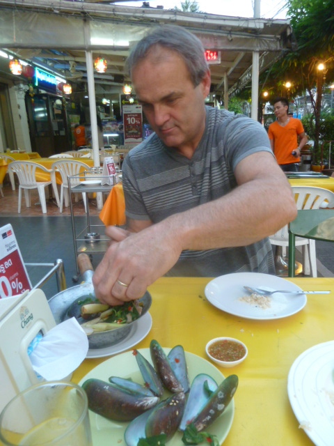 Street food - mussels, Bangkok